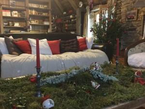 Table basse du salon décorée pour Noël