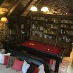 Les Grangettes chambres d'hôtes salon bibliothèque billard